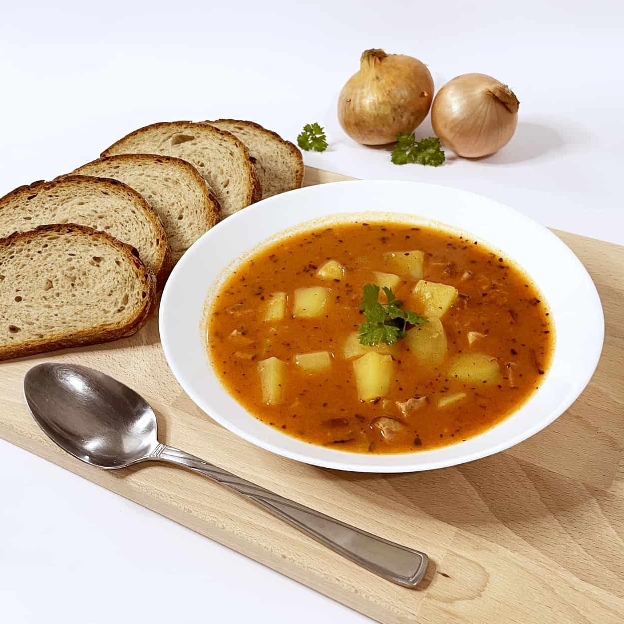 bramborovy-gulas
